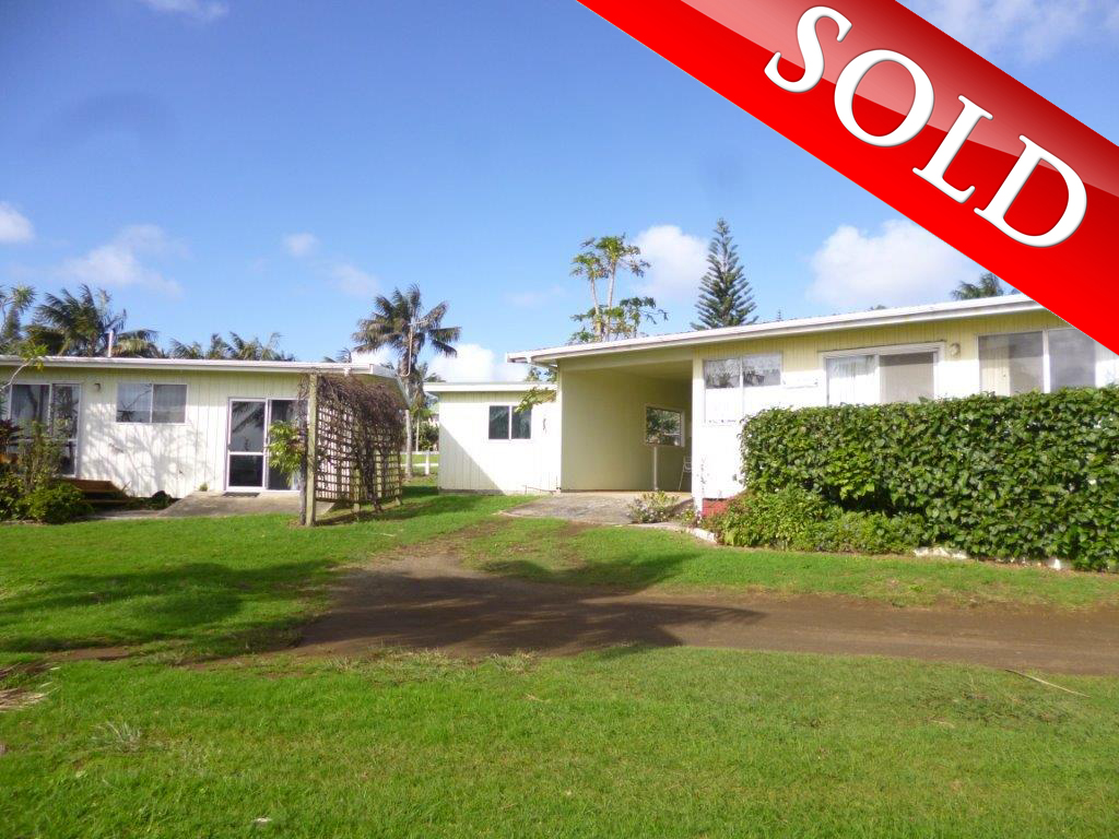 2 Flats, Live and Rent on Norfolk Island – SOLD!